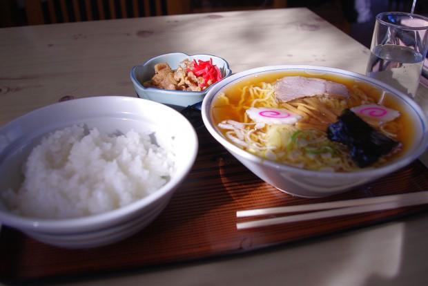 140321_やま食堂_ラーメン定食